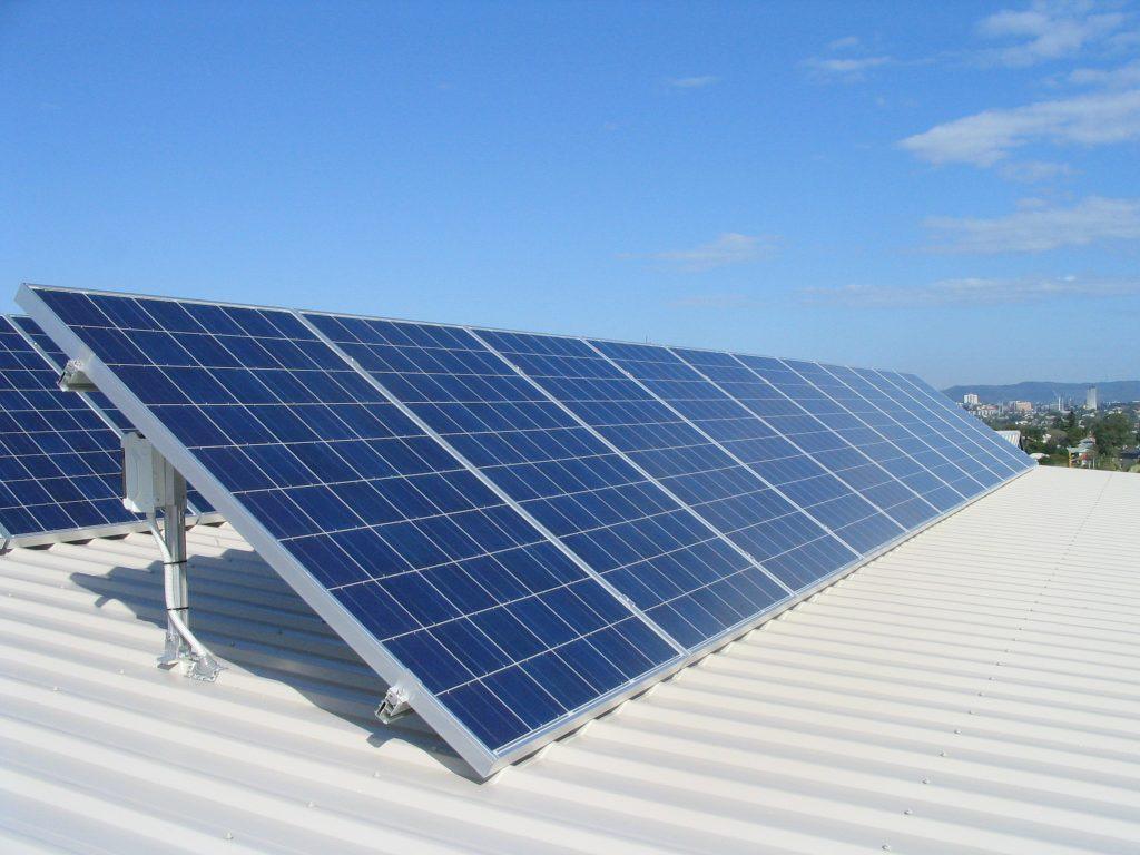 Progress of Quaid-e- Azam Solar Park in Cholistan delayed